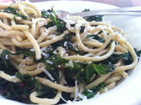Spaghetti with Lemony Garlicky Greens